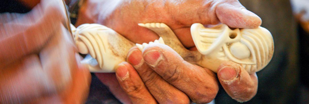 Tupilaq carving