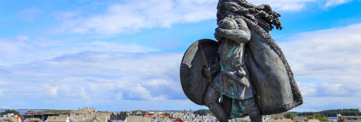 The first viking king of Norway looking over Haugesund