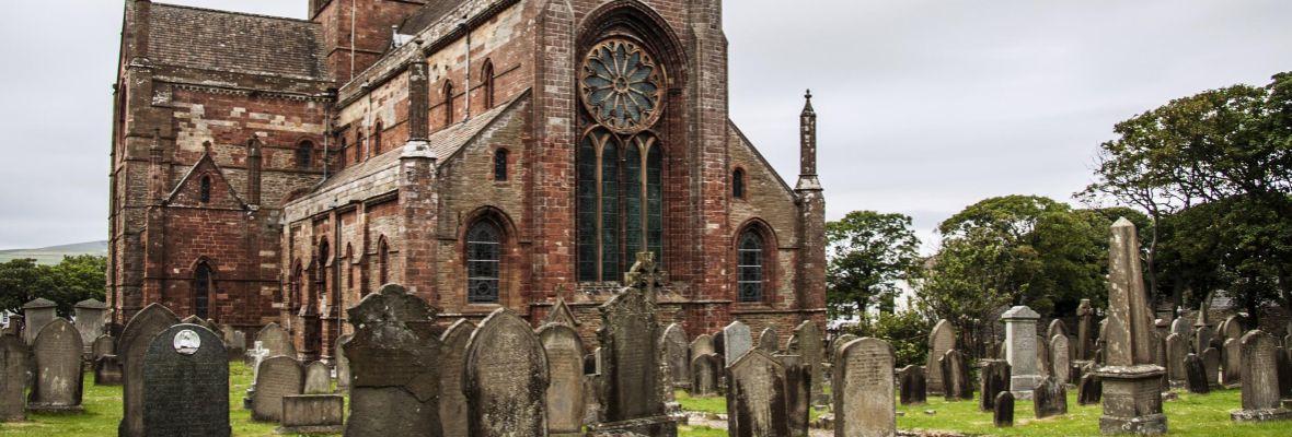 Visiting St. Magnus Cathedral (Orkney)
