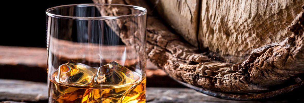 Whisky or Gin tastings are available